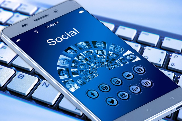 Why Social Network Solutions Play A Vital Function For Marketing Professionals